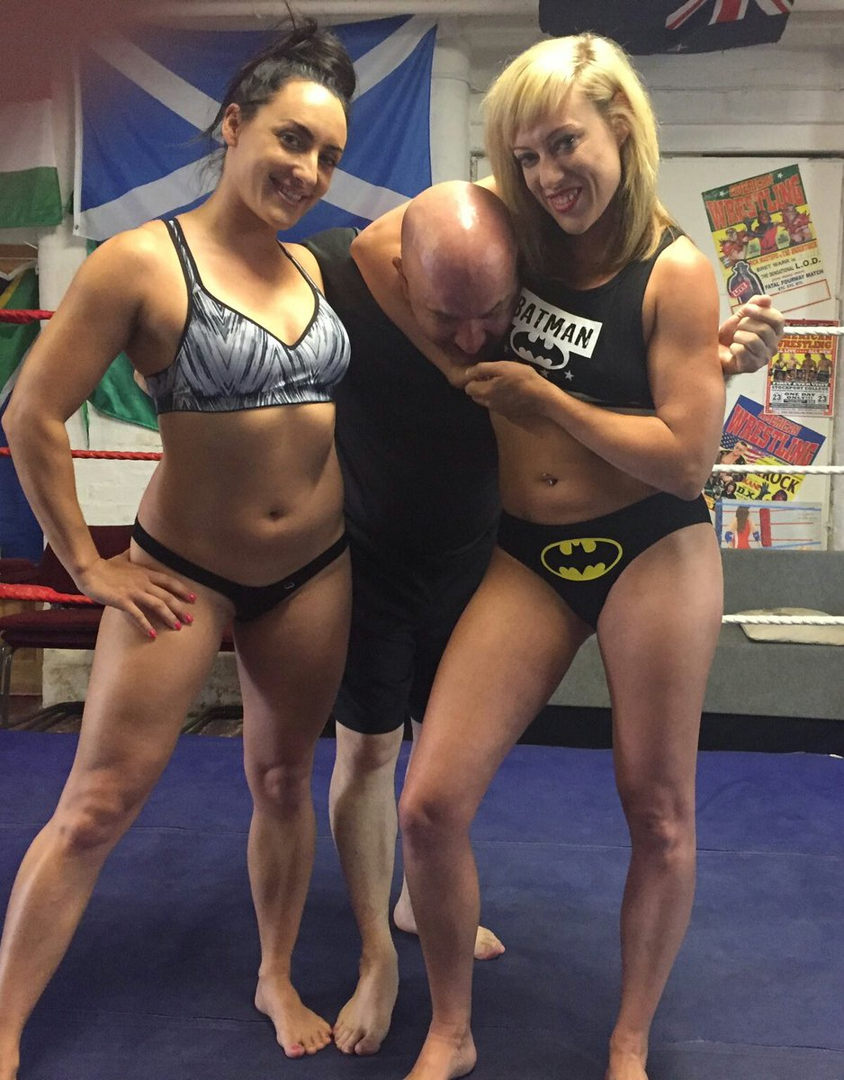 Great session @axajay @chloelovettexxx  you ladies #rock <br>http://pic.twitter.com/8Y2icKheyw