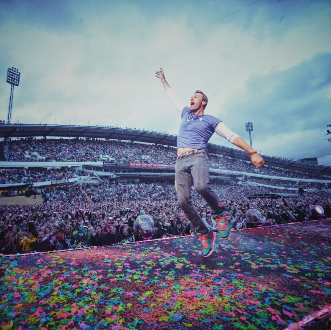 Sweden\'s enthusiasm has chased away the rain!  #ColdplayGothenburg  R42