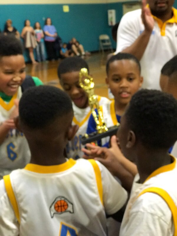 Blueprint basketball blueprintmemtn twitter memphis blueprint 2026 winner of the superchamps tournament these guys never gave up played to horn down 15 5 at halftime win 22 21picitter malvernweather Choice Image