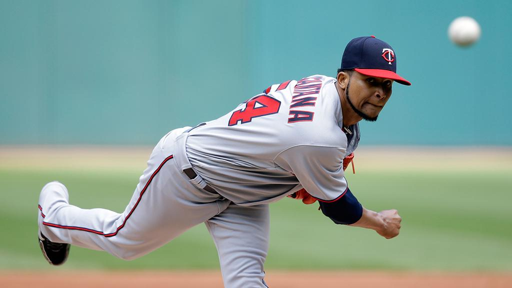 .@Twins retake AL Central lead from Indians with 3-game road sweep: https://t.co/HI4pFN1Gy4 https://t.co/KwOaLop9wD