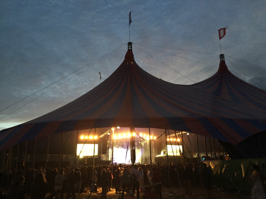 Outside John Peel Stage for Metronomy KG https://t.co/twzeizSZFA