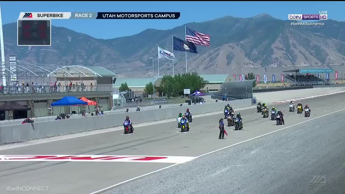 Starting few corners to the @MotulUSA Superbike Race 2. #motoamerica