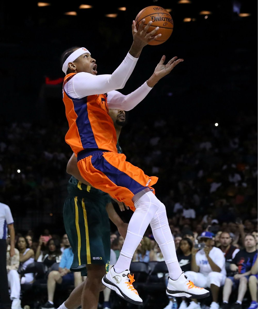 #SoleWatch: @AllenIverson wearing the Reebok ZPump Rise. #Big3 https:/...