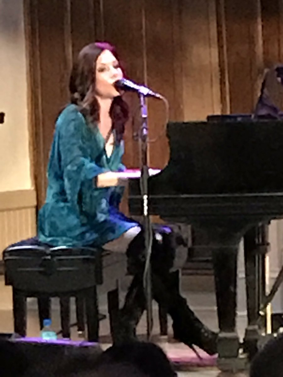 Thank you #Portland &amp;The Old Church- loved the audience &amp;venue! Next up , NYC 6/28 The Cutting Room w @TheJaneyStreet and Chelsea Williams<br>http://pic.twitter.com/N5zsAoShrA