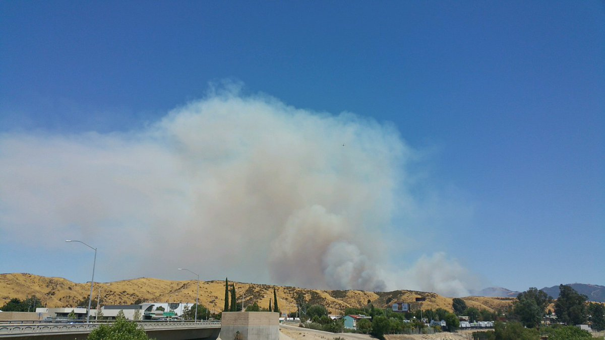 Pics of the #PlaceritaFire shared with us by a friend. Fast growing fi...
