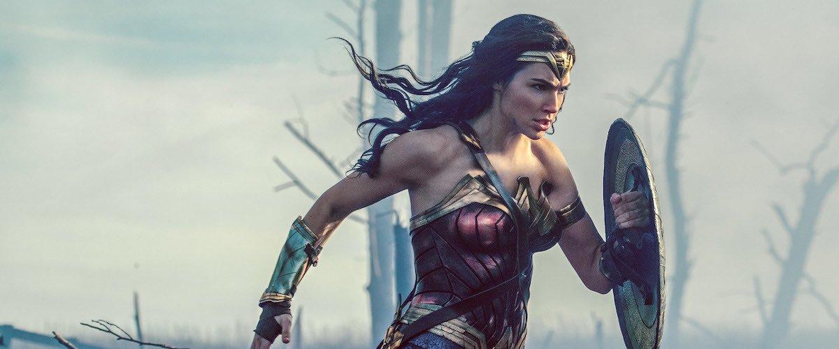 'Mulher Maravilha' se torna o filme dirigido por uma mulher com a maior arrecadação do cinema https://t.co/8VHqyuyaIg