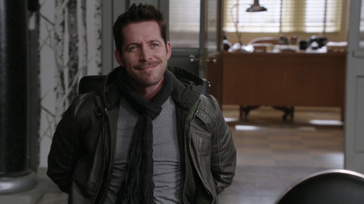 @AdamHorowitzLA #WhyILoveRobin Cause even tied to a chair hes confident&amp;sassy! #BringBackRobinHood #NewAdventures 4 #OutlawQueen in Season7!<br>http://pic.twitter.com/nUbaWFz1O5