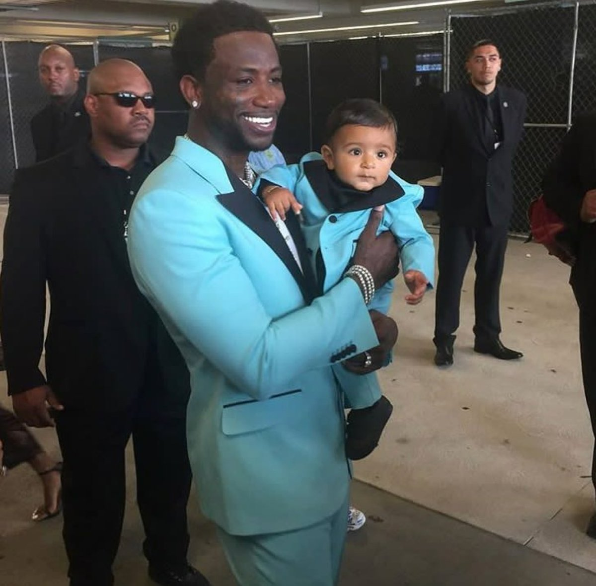 Gucci Mane is living his best life. Gucci & Baby Asahd matching. #BETAwards https://t.co/nQj2c5IfXH