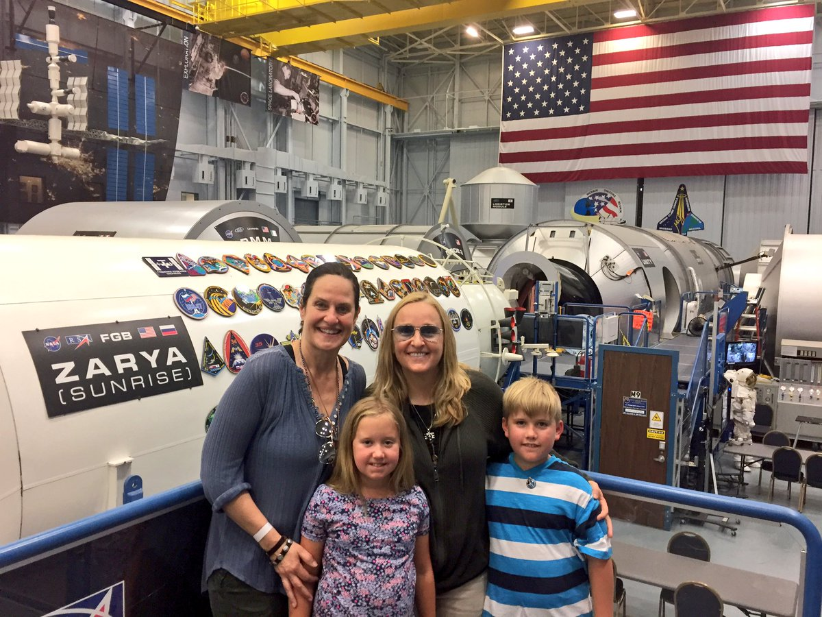 Family trip to @NASA got to talk to @NASA_Astronauts and sing to #JackFisher. Thanks to @Tungsten_Flight for the special tour! #love <br>http://pic.twitter.com/UxsPITx36z
