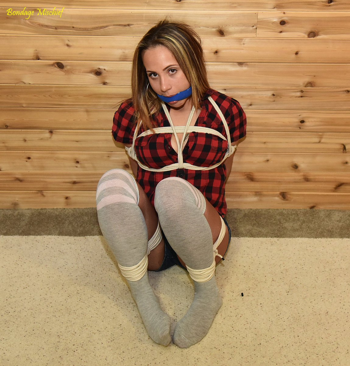 Jennifer spending her Sunday lounging around the house with me today at  http:// bondagemischief.com  &nbsp;   #bondage #pantyhose #socks #gagged <br>http://pic.twitter.com/LXknaZEAZ1
