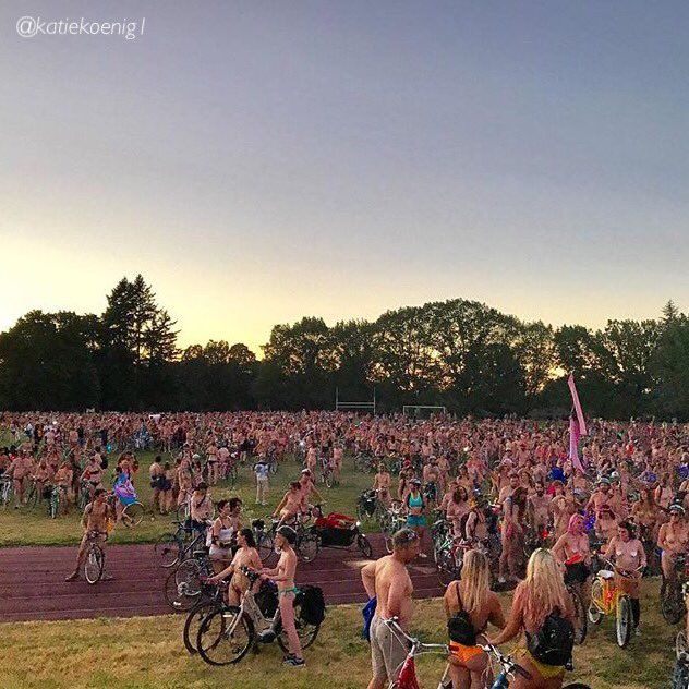 More than 10,000 riders participated in this year&#39;s annual World Naked Bike Ride!  #YouCanInPortland #PDX   (: katiekoenig1 - IG) <br>http://pic.twitter.com/6B18VSJ84q