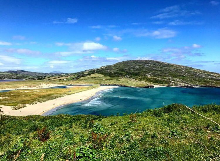 Beaches in Ireland don&#39;t get much better than this! Taken at Barley Cove West Cork by @mmikesull #hellocork_ #cork #westcork<br>http://pic.twitter.com/S5qttAIgXf