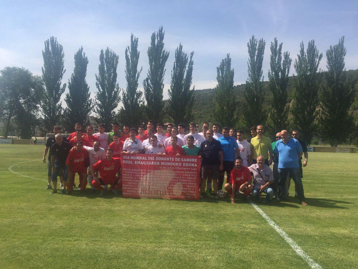 DESDE LA BANDA - FÚTBOL NAVARRO (DLB-FN): Amistoso de selecciones de jugadores de Primera Regional.