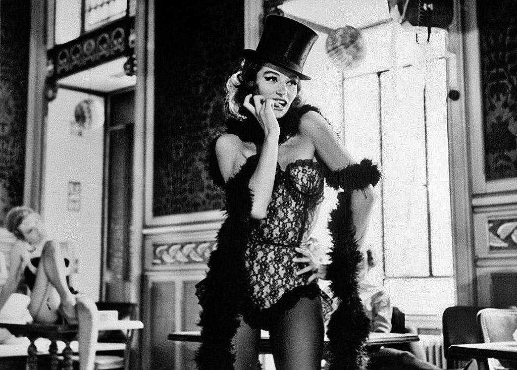 Review #967: Lola (1961)  http:// goodbadcritic.blogspot.ca/2017/06/review -967-lola-1961.html &nbsp; …  #jacques #demy #lola #France #classicmovies<br>http://pic.twitter.com/oV6z4gJUxe