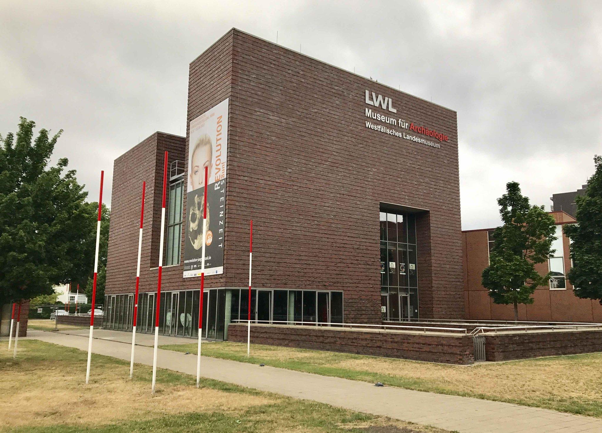 Guten Morgen #Chemnitz, #Sachsen, Freunde der #Archäologie, hier zwitschert heute das @LWLMuseumArchae. Lasst Euch überraschen. #ArchaeoSwap https://t.co/7j3y8n8nDW