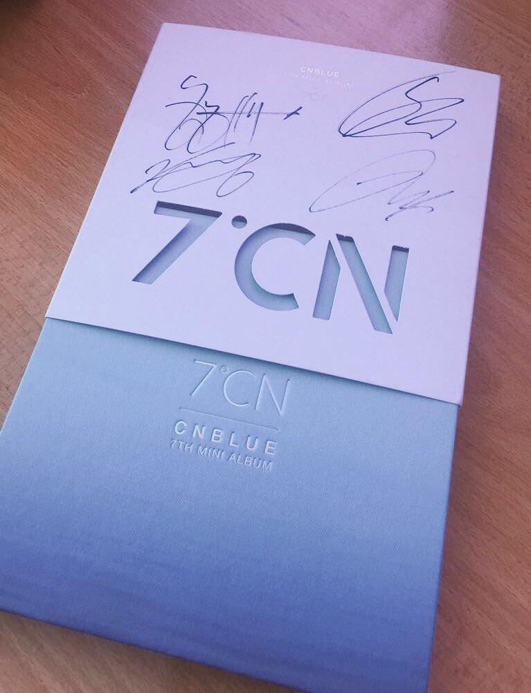 فائزان محظوظان بألبوم موقع من فرقة CNBlue لمن سيشاركون في هشتاغ #صباح_...