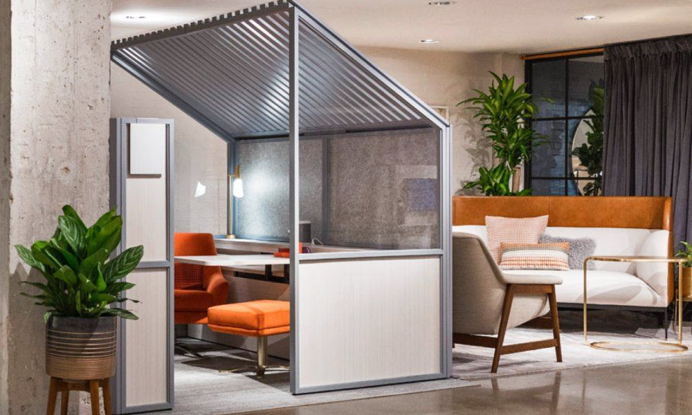 All the way from @NeoCon_Shows #Chicago, we bring you the best of what #NeoCon2017 had to offer:  https://www. lovethatdesign.com/article/neocon -2017/ &nbsp; …  // #NeoCon <br>http://pic.twitter.com/gIPfbh111t