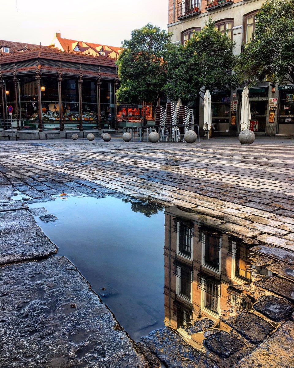 Ya se va contorneando el nuevo día en #madrid ¡Hola a todos desde la P...