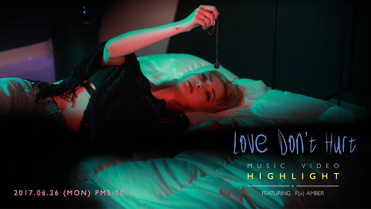 [#INFO] Shannon&#39;s &quot;Love Don&#39;t Hurt&quot; ft. F(x) Amber - Music Video highlight today @ 5PM  http://www. vlive.tv/video/33944  &nbsp;   #샤넌 #SHANNON #눈물이흘러<br>http://pic.twitter.com/CdcHRDD26K