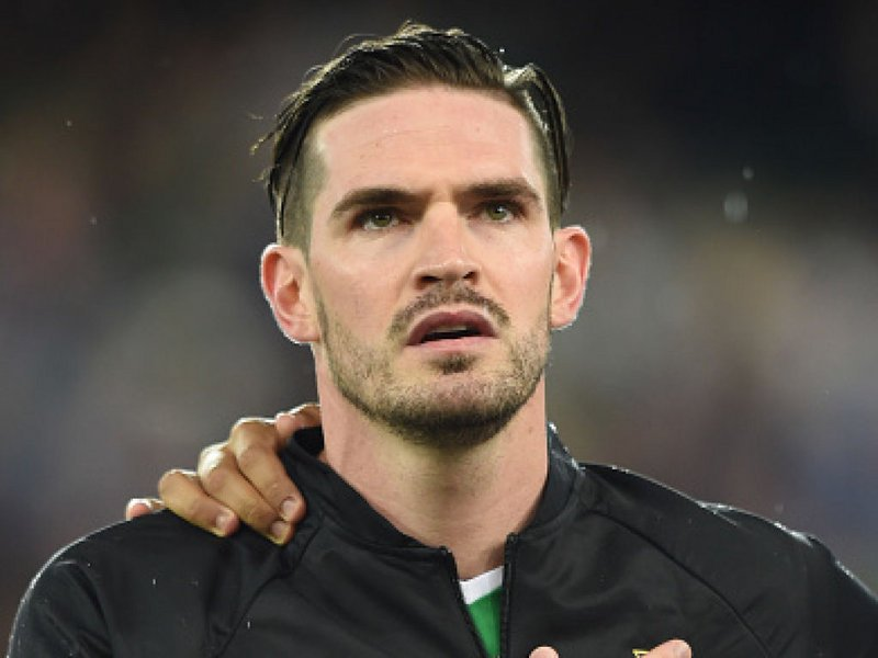 TRANSFER NEWS Kyle Lafferty continuing talks with Hearts over move to...