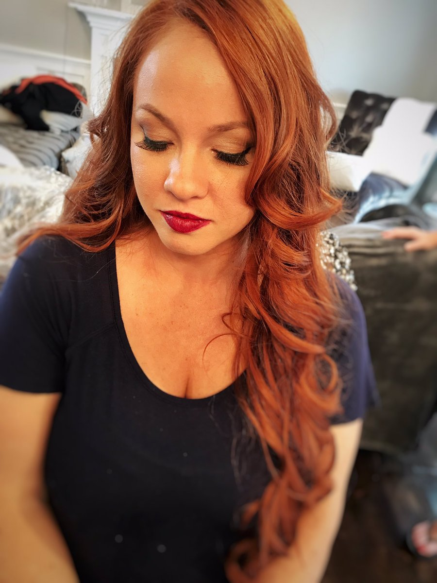 Hair &amp; makeup by Advanced Artist Mary #makeup #hair #onsite  @behindthechair_ @AmericanSalon @ColorProofHair<br>http://pic.twitter.com/9RmQZBPpEx