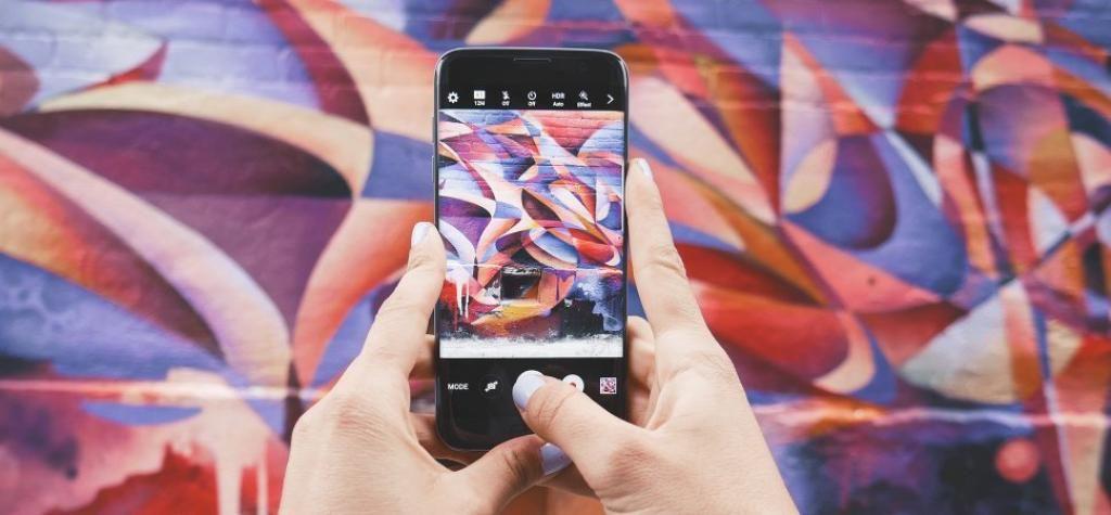 How to Sell More on Instagram  http:// buff.ly/2tLlk0i  &nbsp;   @INC @Shane_barker #SocialMediaMarketing #SocialMedia #SmallBusiness<br>http://pic.twitter.com/hiMT7ss96k
