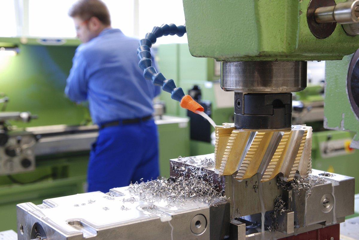 #UK #manufacturing demand at level last seen in '80s. #News via @TheManufacturer  http:// ow.ly/Yer130cSZGi  &nbsp;   #UKmfg<br>http://pic.twitter.com/RkwYvlrGTW
