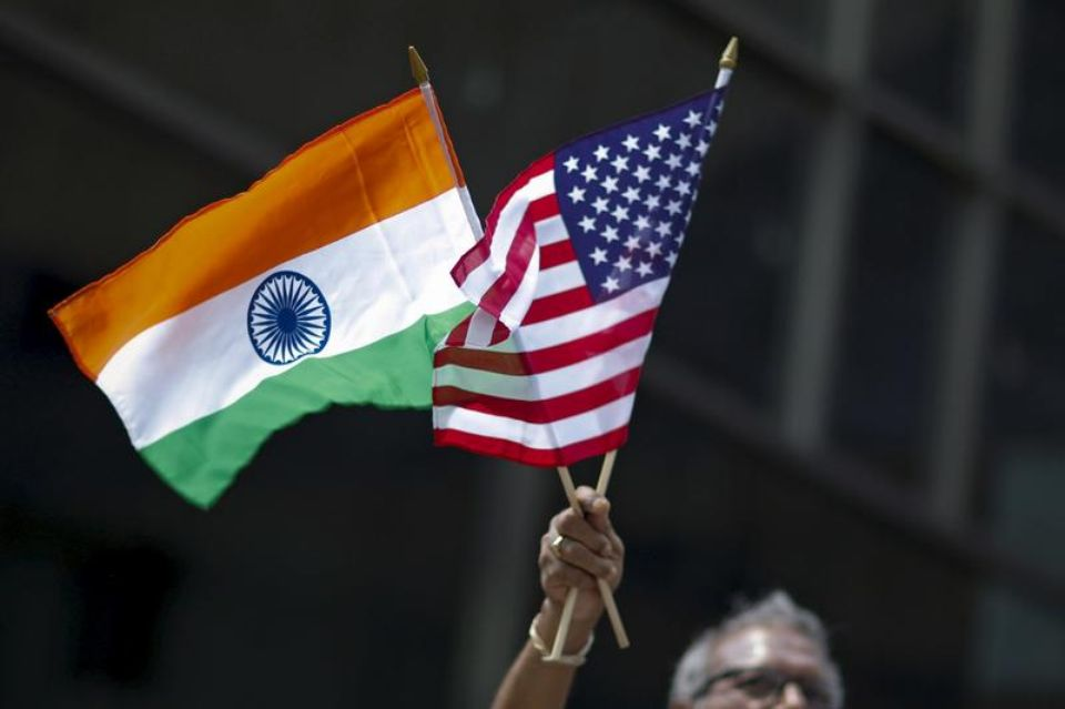 Indian intelligence services convince Washington :  https://www. intelligenceonline.com/government-int elligence/2017/06/21/indian-intelligence-services-convince-washington,108250742-ART &nbsp; …  #US #India #Terrorism #ISIS #Daech <br>http://pic.twitter.com/jdPijVlmOm