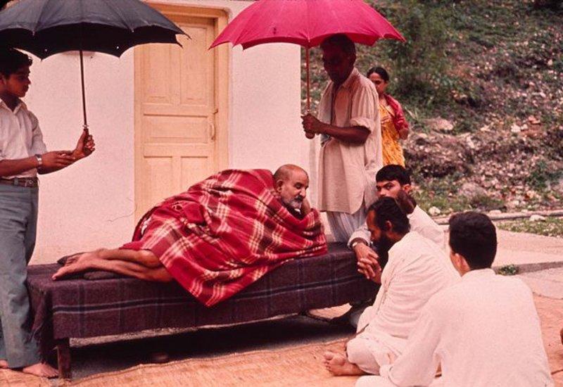 """What can I tell you? You ask your guru whatever you want to know.""   ~Maharaj-ji &lt;3   http://www. nkbashram.org  &nbsp;    #NeemKaroliBaba #Baba <br>http://pic.twitter.com/ROhZRQN7eD"
