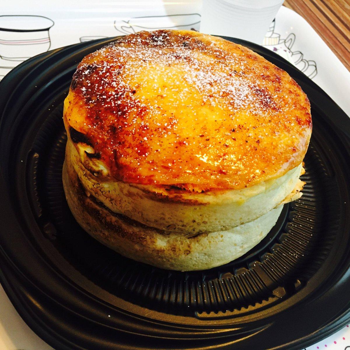 神様、私は至高のパンケーキに出会ってしまった… eggg Cafeのブリュレパンケーキ…650円…あまりの美味しさに語彙力を失って「やばみがやばい」しか言えなかった(;_;)