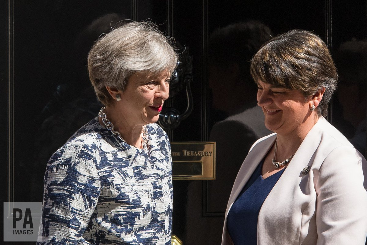 #Breaking The DUP has agreed a deal to support the minority Conservative government <br>http://pic.twitter.com/e1tuCca5Kt