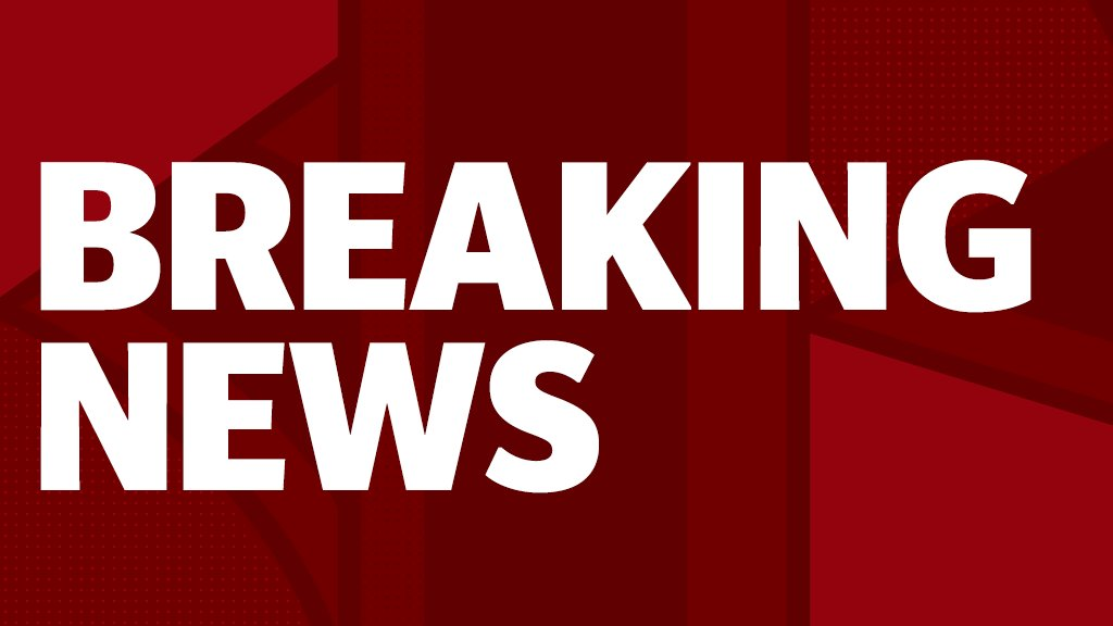 #BREAKING: Theresa May and Arlene Foster sign Tory/DUP deal  http://www. telegraph.co.uk/news/2017/06/2 6/theresa-may-publish-brexit-plan-give-eu-citizens-settled-status/ &nbsp; … <br>http://pic.twitter.com/psTky3ysX1