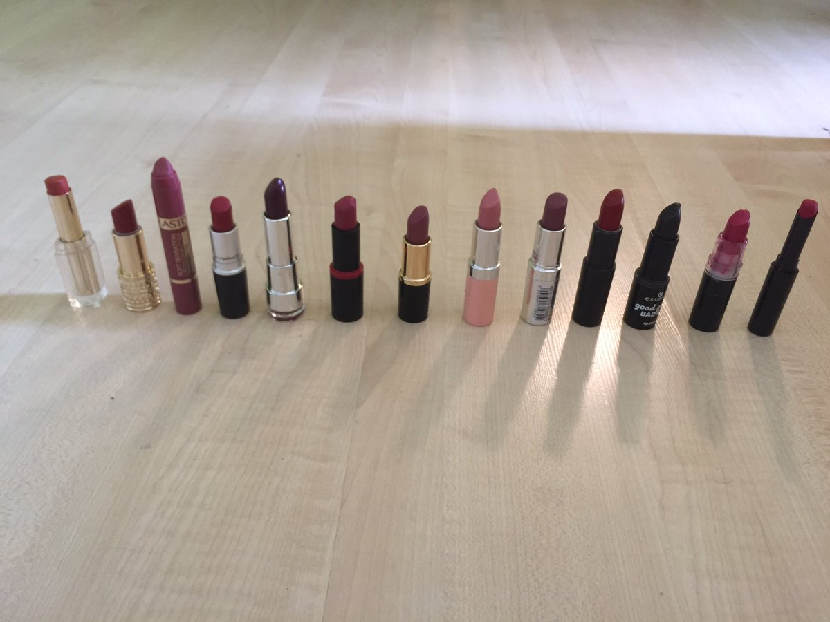 There&#39;s no such thing as having too many lipsticks. #makeupaddict <br>http://pic.twitter.com/H3w4lUW46q