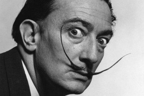#ÚltimaHora 🔴 Ordenan exhumar los restos de Salvador Dalí tras una dem...