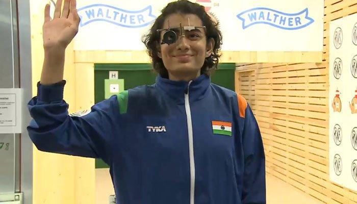 जूनियर वर्ल्ड शूटिंग चैंपियनशिप: विश्व रिकॉर्ड की बराबरी कर यशस्विनी सिंह ने जीता स्वर्ण पदक