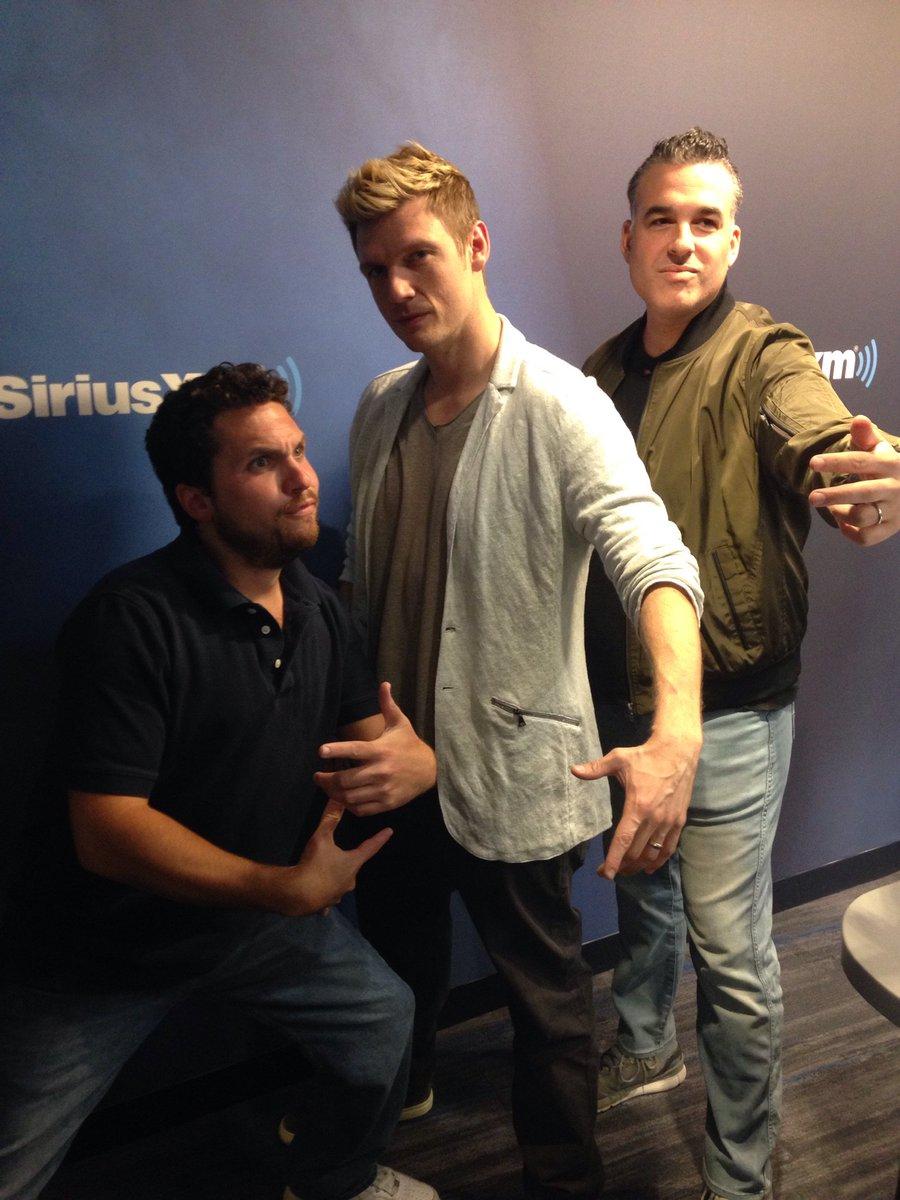 The great @NickCarter on w/ the #MorningMen @EvcoRadio & @Babchik doing their #BoyBand thing! Caption this photo... https://t.co/Rz6E2RMJCv