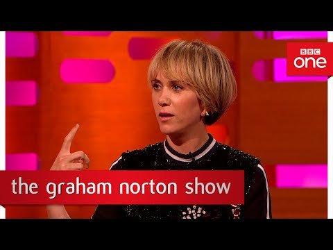 Old photos of Dame Judi Dench, Jamie Foxx, Steve Carell and Kristen #Wiig - The #Graham Norton #Show  http:// sharewww.com/JMo6m  &nbsp;  <br>http://pic.twitter.com/PrJUoNl2qT