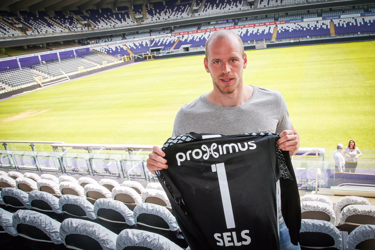Coming soon to the #UCL...  Anderlecht signings Matz Sels (loan) &...