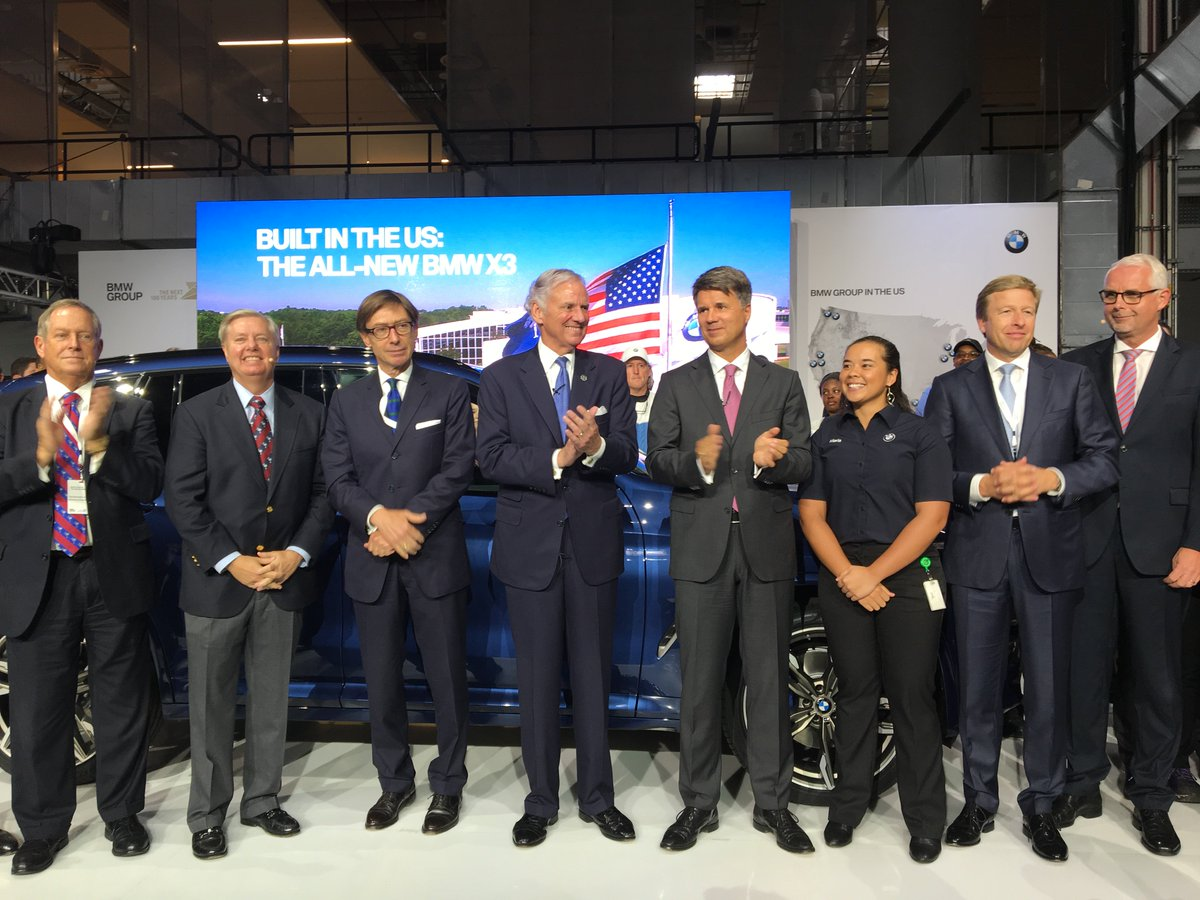 CEO Krüger: BMW's biggest plant in the world is in #Spartanburg. $8 billion invest to date. $600 million more from 2018-2021. #BMWUSA<br>http://pic.twitter.com/jqKpyuqvZ7