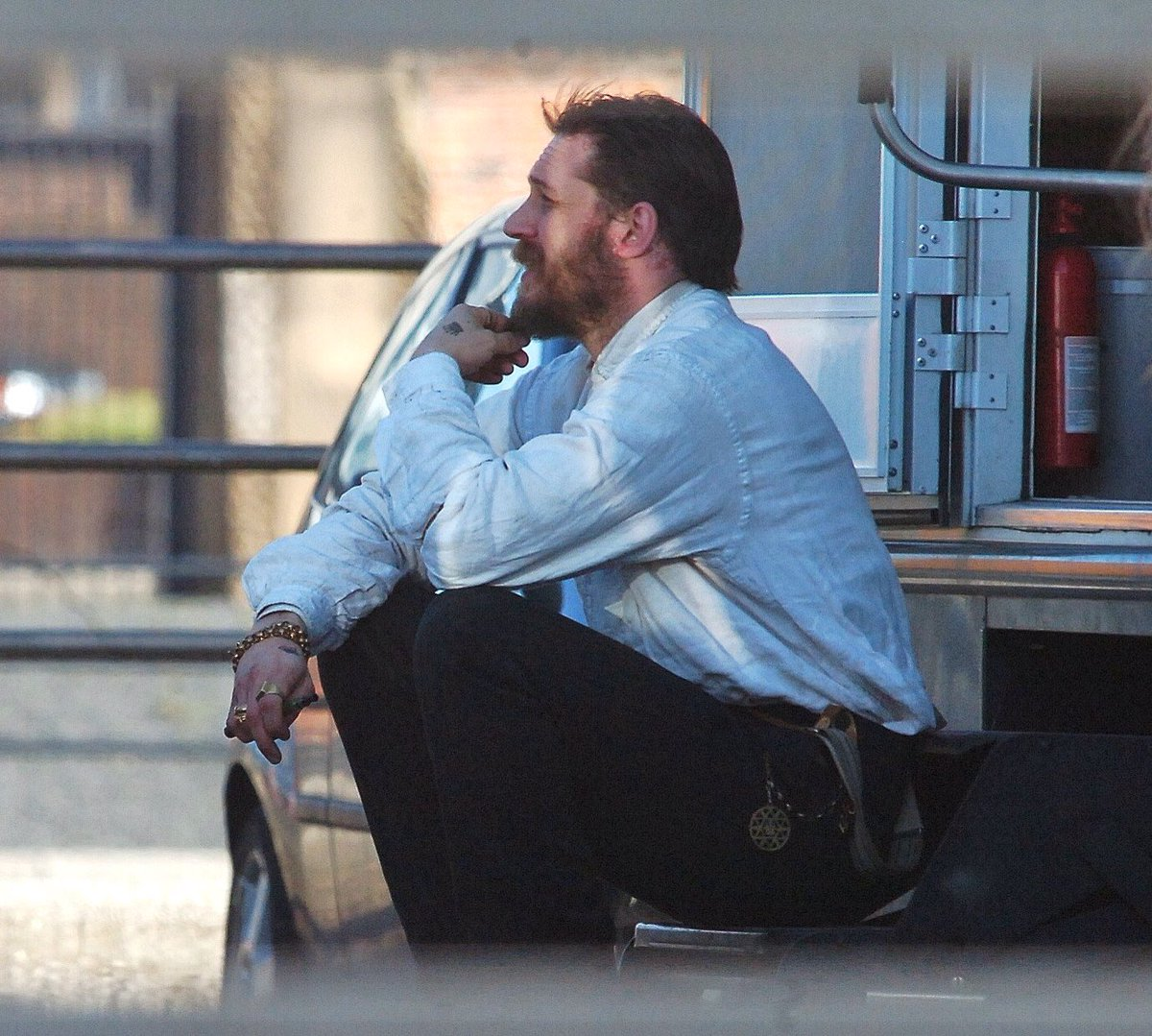 Mood... #TomHardy <br>http://pic.twitter.com/Y7fPadxIDo