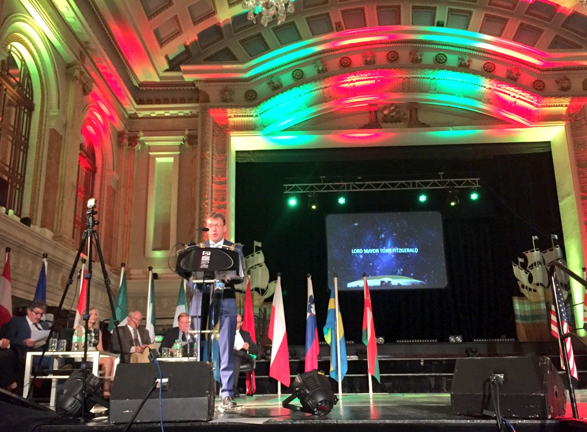 Lord Mayor of #Cork @Tfitzgeraldcork welcoming participants from over 20 countries to City Hall  #SSP17 - What an occasion!!!<br>http://pic.twitter.com/4F893XITRr
