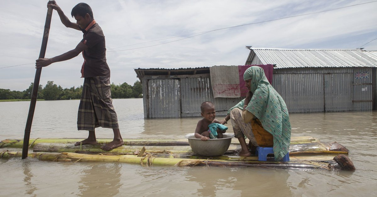 #CLIMATE #p2 RT Climate Change Could Threaten Up To 2 Billion Refugees By 2100  http:// dlvr.it/PQCNyj  &nbsp;   #tlot #2a<br>http://pic.twitter.com/qBLXemX8JR