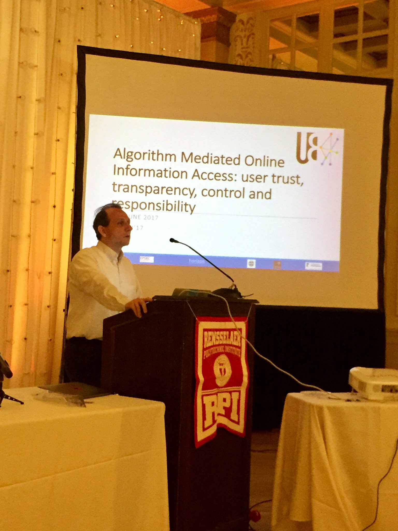 Great overview of the AMOIA workshop #websci17 by @arkoene focused on the UnBias project & role of algorithms mediating online info access https://t.co/AXfDLtiS19