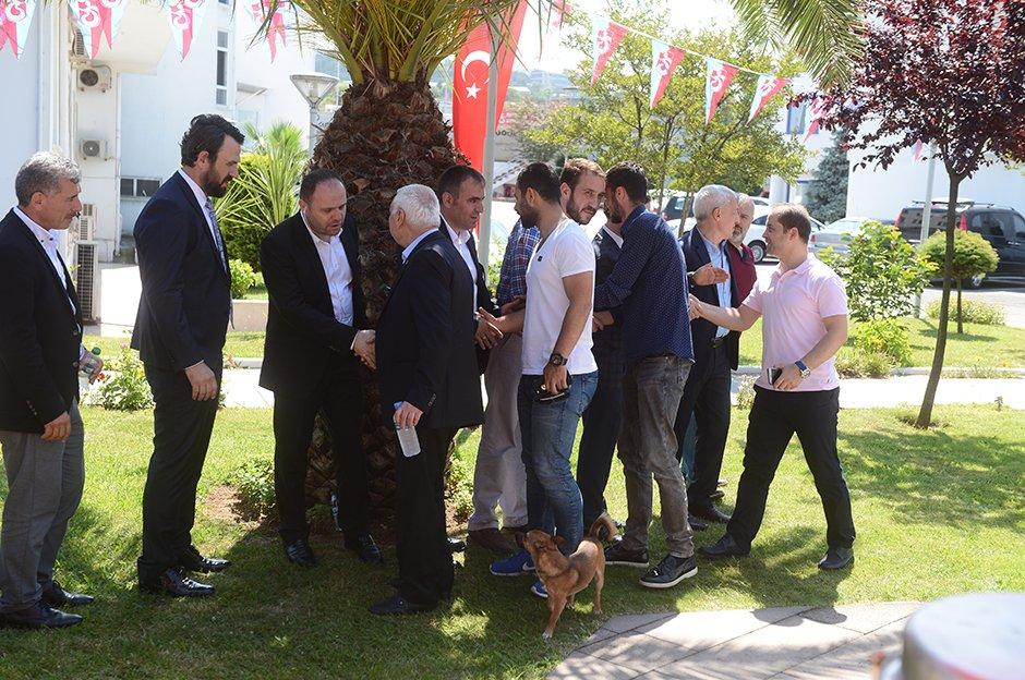 Trabzonspor'da bayramlaşma https://t.co/6x5yop87FF https://t.co/GltWJb...