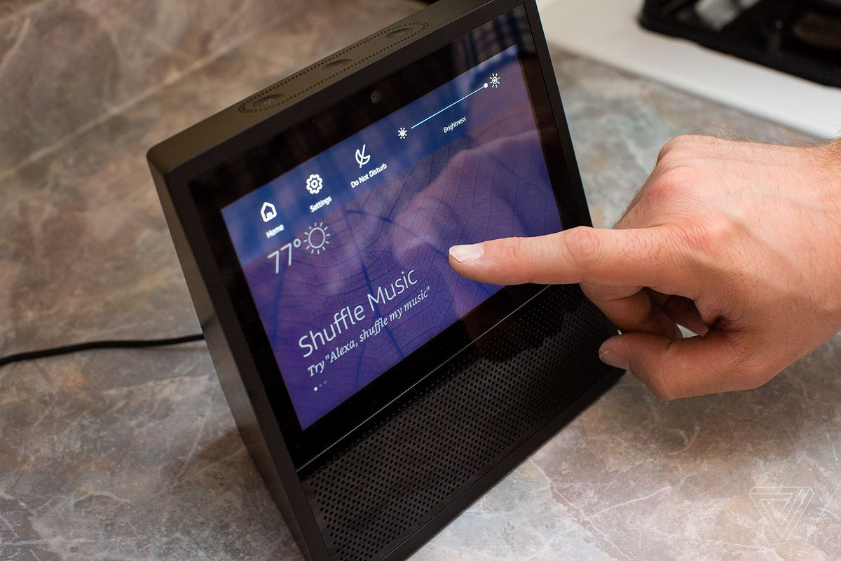 Amazon Echo Show review: Alexa is even better on a screen https://t.co...