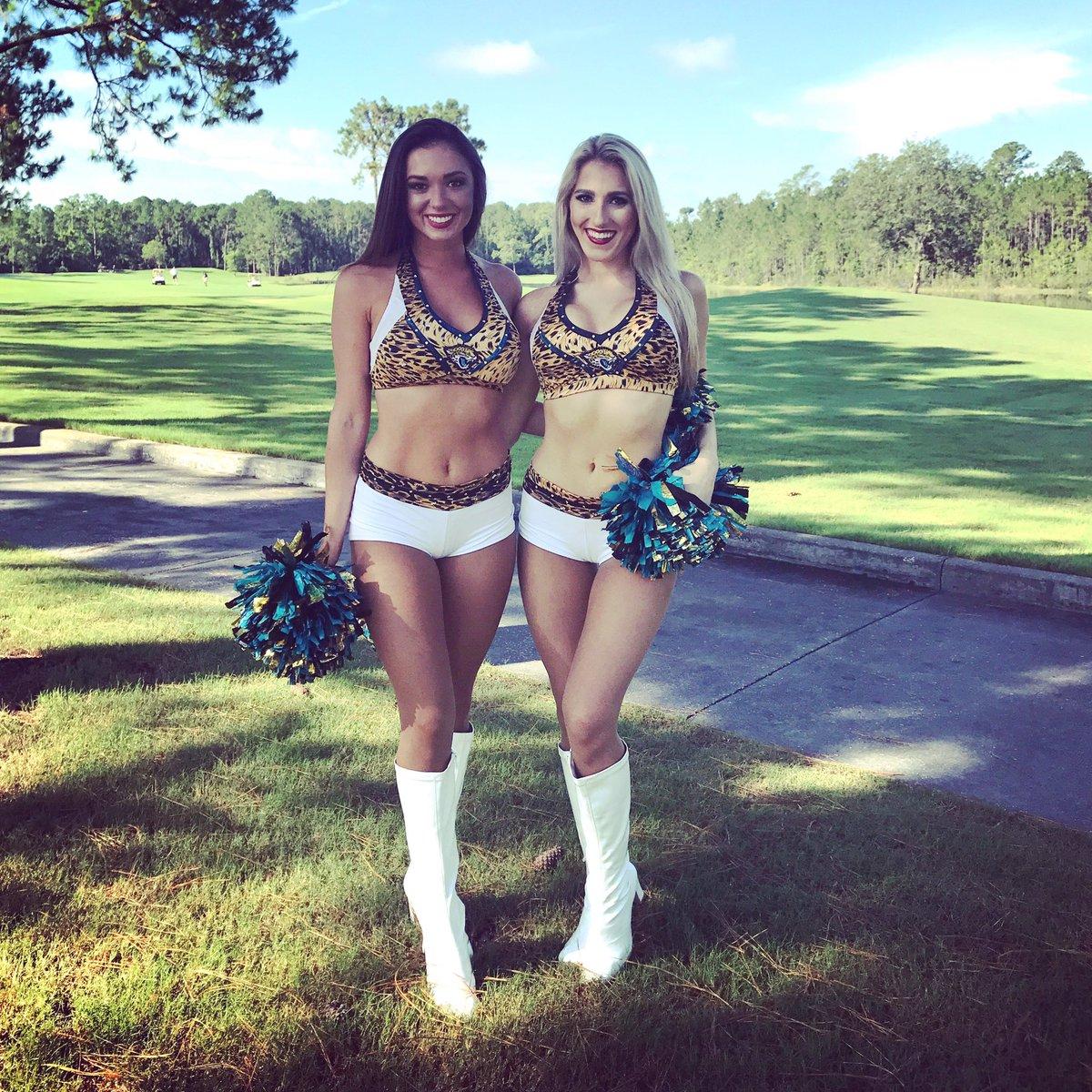 Next up on the tee at the #Jaguars Golf Classic, Rachel and Belinda.  #MOREROAR<br>http://pic.twitter.com/zVu4Jwmeso