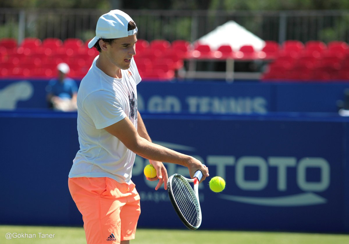 Practice session turned photo session  More pics of Domi Thiem on the green courts of @AntalyaOpen #thiem #teamThiem @ThiemDomi #topseed<br>http://pic.twitter.com/YYwsZDpbpm