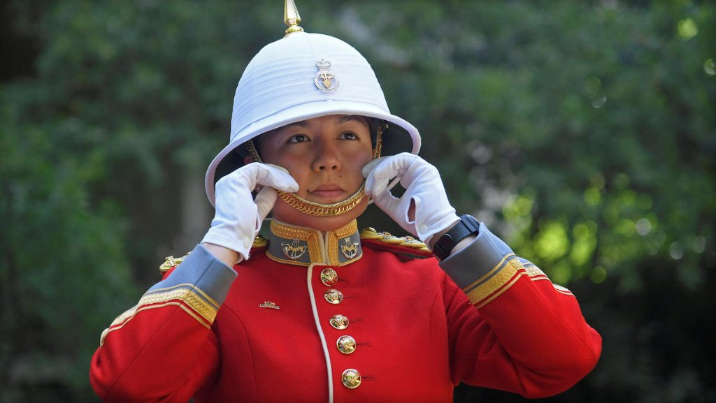 Canadian soldier makes history, becoming first woman to lead Changing of the Guard ceremony at Buckingham Palace: https://t.co/bCT5YaUErv