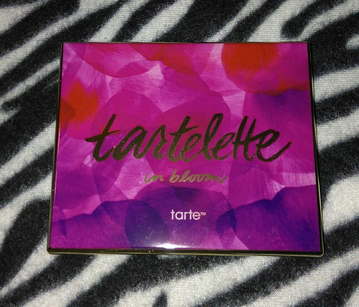 Finally decided to buy the Tarte Tartelette in Bloom Palette! #tarte #eyeshadow #makeup #cosmetics<br>http://pic.twitter.com/lbxmvjyMaE