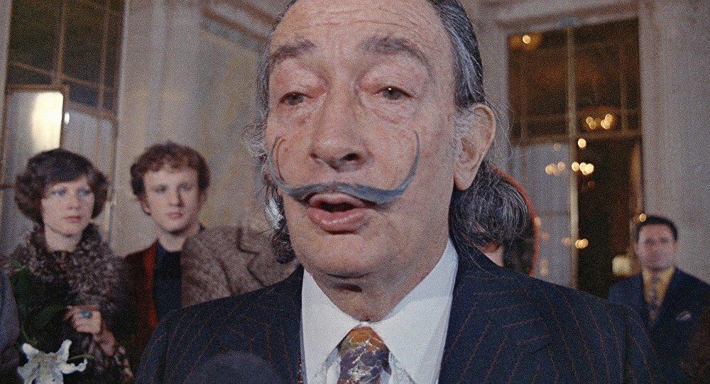 Salvador Dali'nin mezarı açılacak https://t.co/qQXL6cs2FF https://t.co...